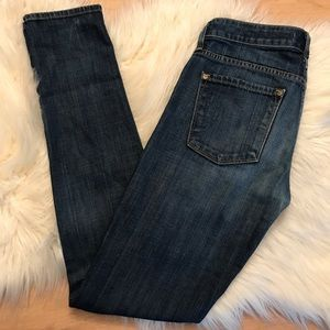 VINCE Skinny Distressed knee leggings size 6 or 28